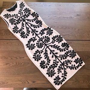 New $3k Alexandra Mc Queen tree elegant knit dress
